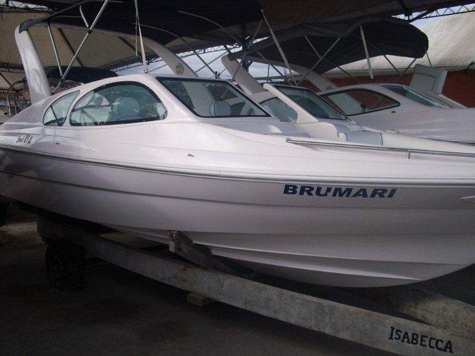 custom's 21.0 feet in Angra dos Reis