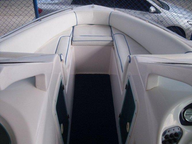Motor boat boat rental in Estrada do Marinas, Brazil