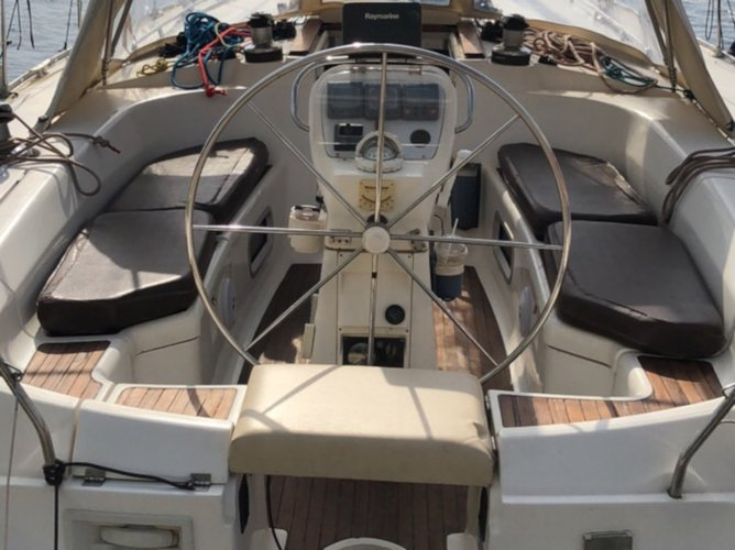 Get on the water and enjoy Athens in style on our Bavaria Yachtbau Bavaria 46 Holiday REFIT 2018