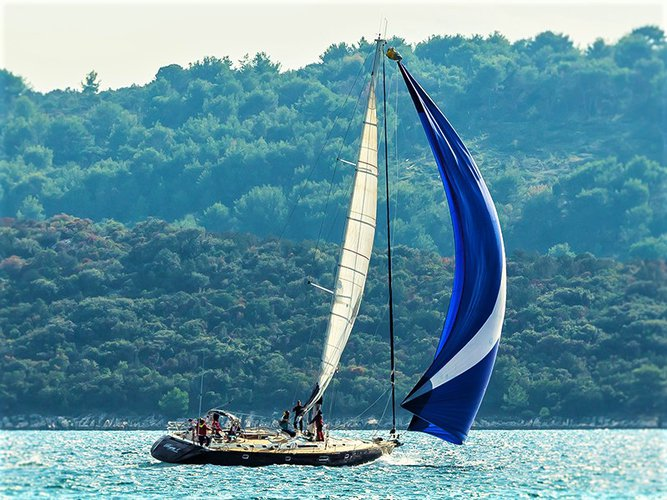 Climb aboard this Beneteau Beneteau 62 for an unforgettable experience
