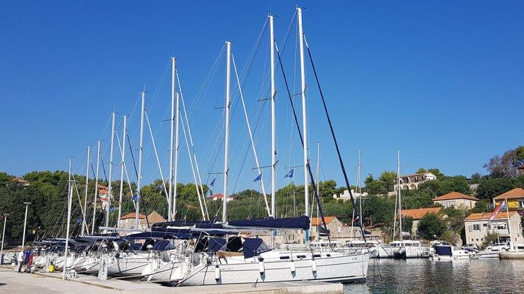 Marina Rogač - sailboats (photo taken 2019)
