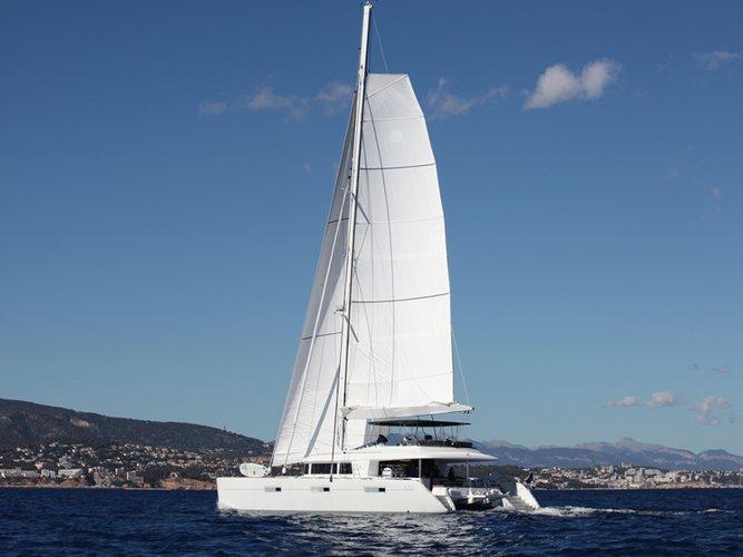 Hop aboard this amazing sailboat rental in Porto Vecchio!