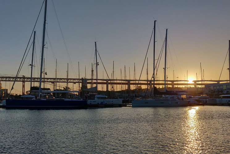 Boat rental in Alcantara,