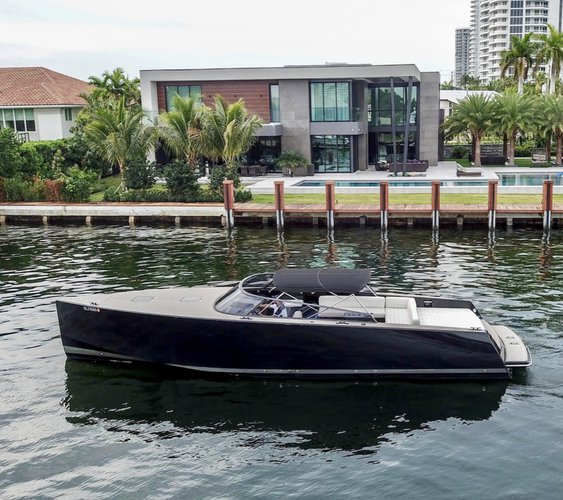 Boating is fun with a Deck boat in North Miami Beach