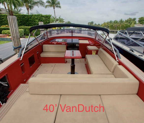Discover North Miami Beach surroundings on this VD40 VanDutch boat
