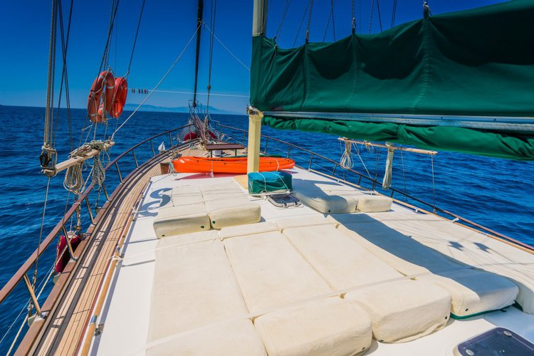 Up to 10 persons can enjoy a ride on this Gulet boat