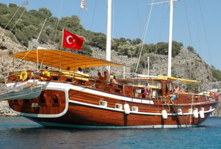 Have an unique experience on this amazing 92 ft gulet