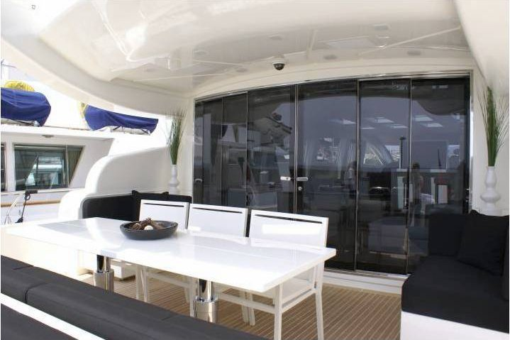 Motor yacht boat for rent in Palm Beach Shore