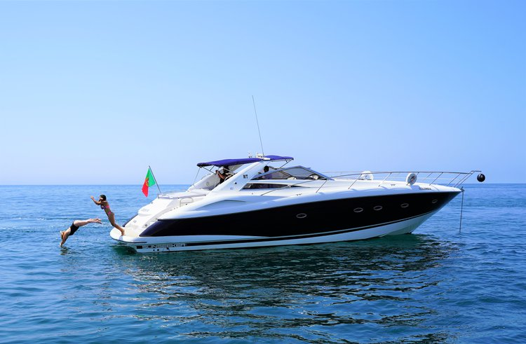 Boat for rent Sunseeker 53.0 feet in Marina de Vilamoura, Portugal