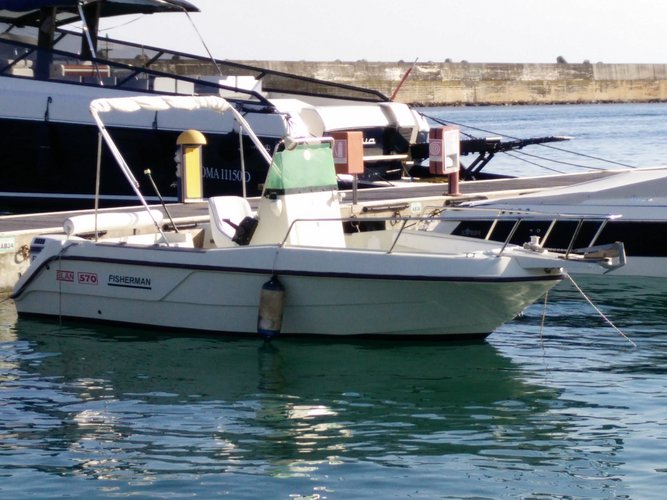 Up to 6 persons can enjoy a ride on this Elan boat