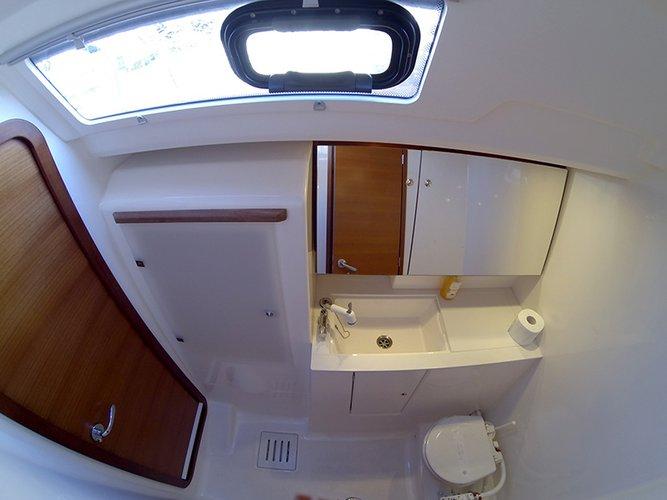 Discover Šibenik region surroundings on this Dufour 445 GL Dufour Yachts boat