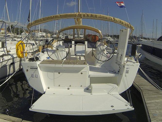 This 46.0' Dufour Yachts cand take up to 10 passengers around Šibenik region