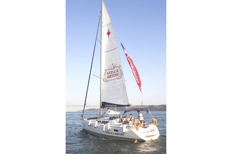 Boating is fun with a Jeanneau in Belem
