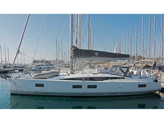 Discover Dubrovnik in style boating on this sailboat rental
