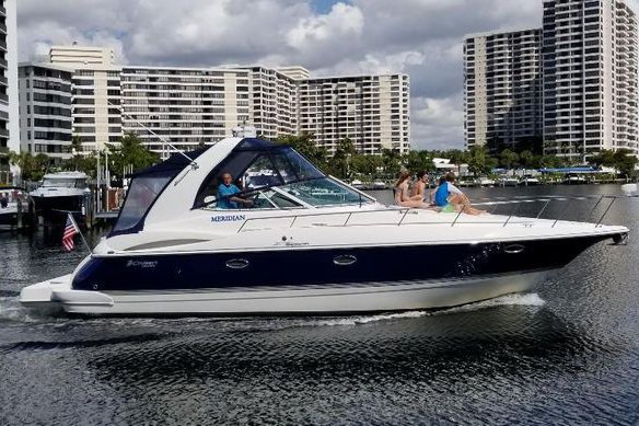 Bachelorette! Family celebration! Fun and-Adventure Awaits ! 40' Cruisers Yacht. up to 10 guests.