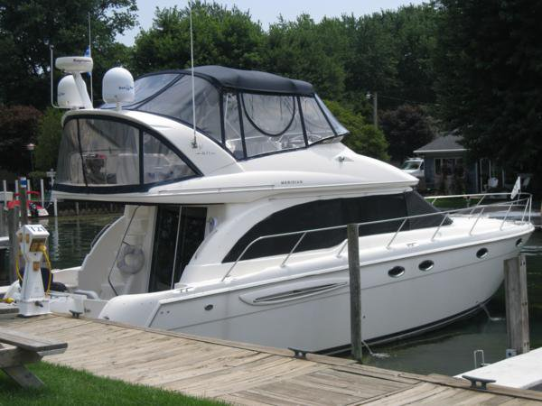 Enjoy luxury and comfort on this motor boat rental