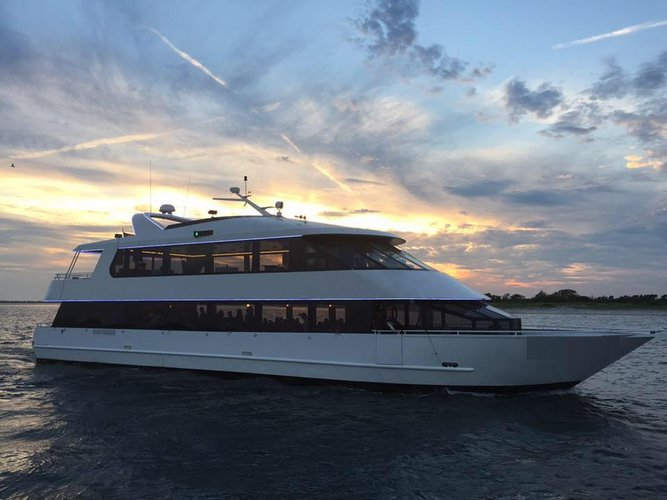 Experience  an amazing and exciting cruise around Long Island onboard this beautiful mega yacht!