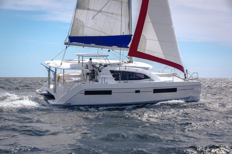 Catamaran boat for rent in Antigua,