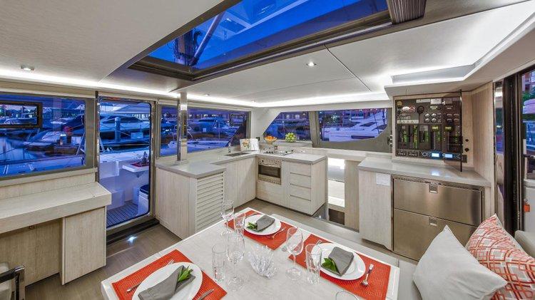 Catamaran boat rental in Tortola, British Virgin Islands