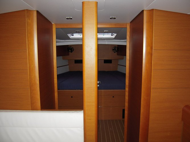 Monohull boat for rent in Road Town