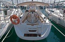 Rent this Jeanneau Sun Odyssey 33i for a true nautical adventure