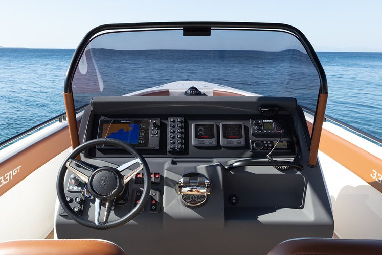 Motor boat boat for rent in Athens-Hellinikon