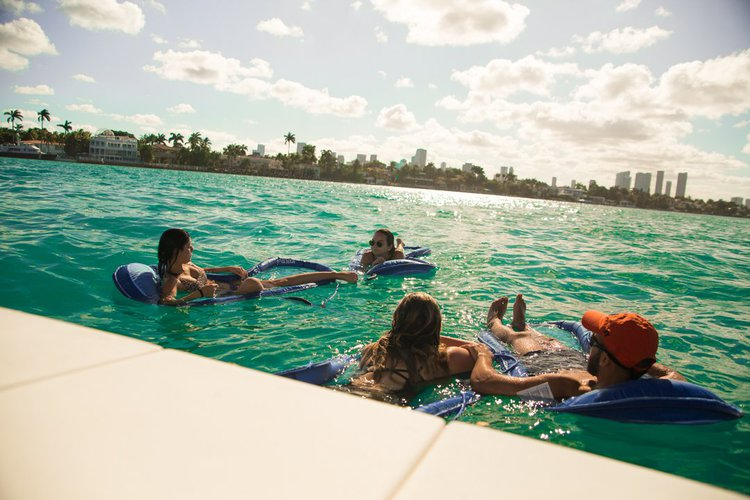 Boating is fun with a Sea Ray in Miami Beach