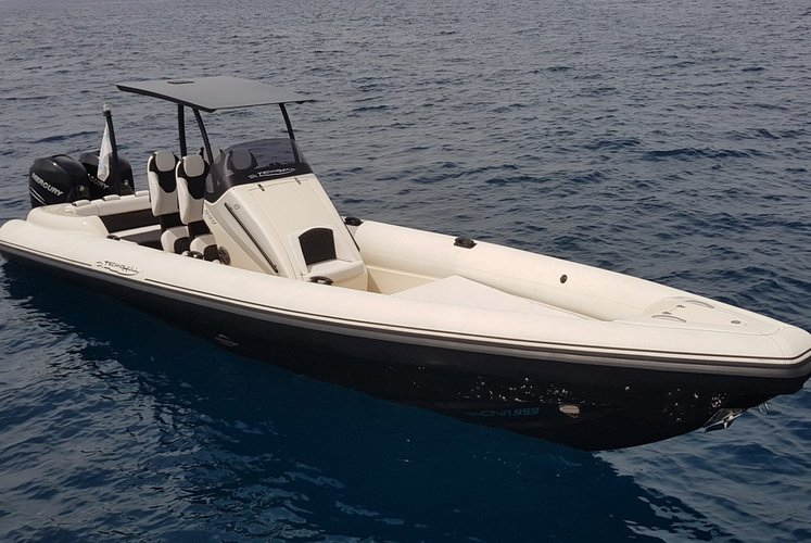 Rigid inflatable boat for rent in Athens-Hellinikon