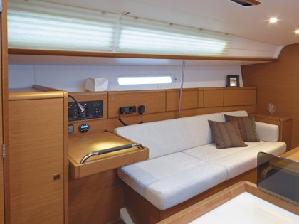 Monohull boat for rent in Nosy Be