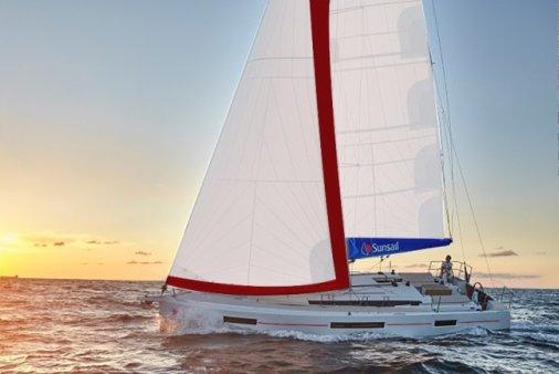 Sail the fascinating Croatia on a superb sailing yacht