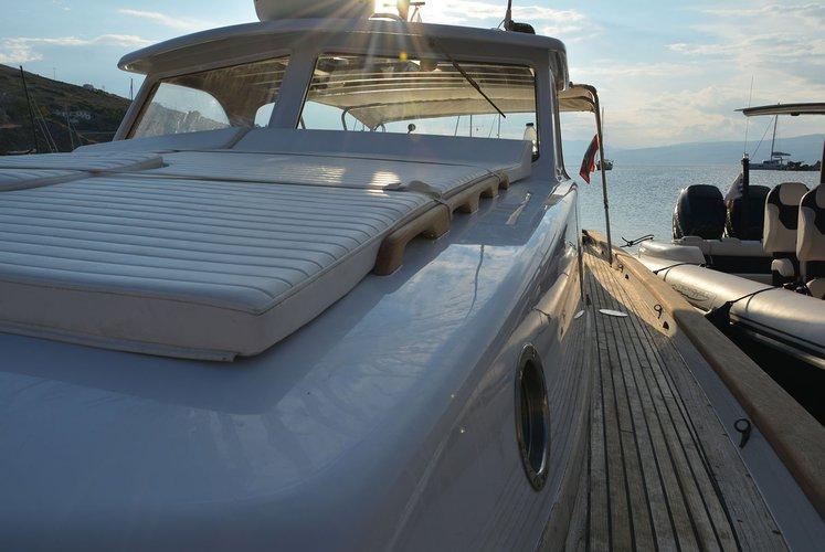 Boat for rent Custom Lobster 38.0 feet in Hydra port, Greece
