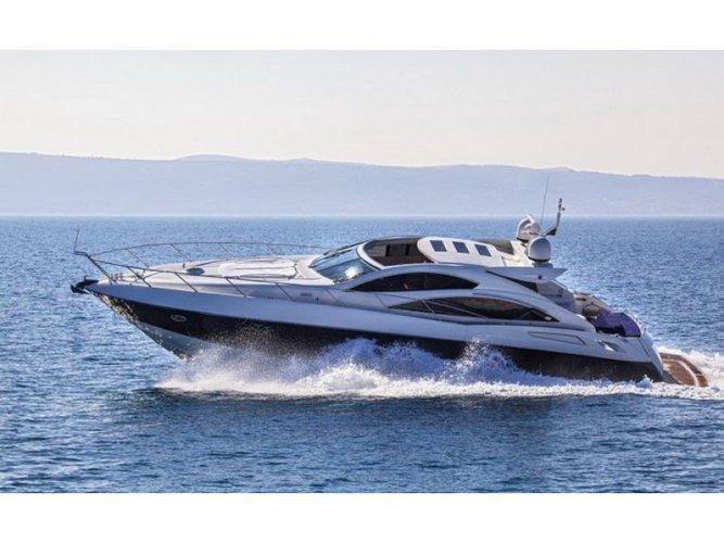 Beautiful Sunseeker Predator 62 ideal for cruising and fun in the sun!