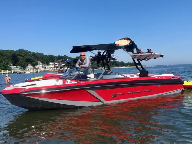 Boating is fun with a Deck boat in Sag Harbor