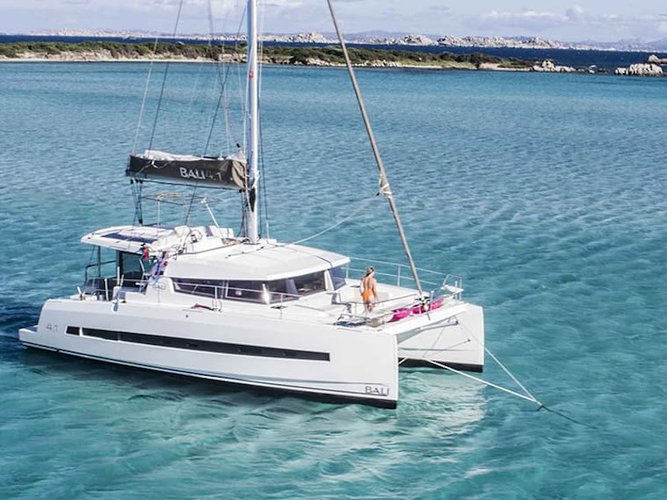 Discover Corfu in style boating on this sailboat rental