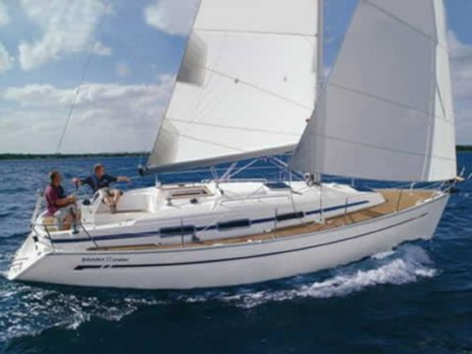 Charter this amazing sailboat in Sivota