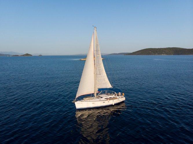 This sailboat charter is perfect to enjoy Vinišće