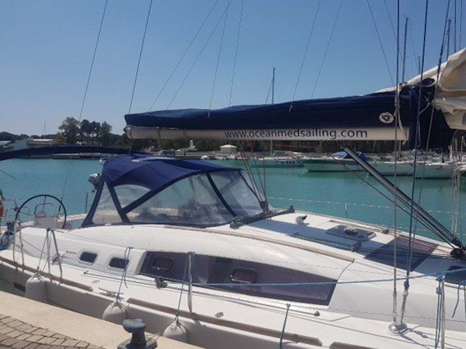 The perfect boat to enjoy everything Leuca, IT has to offer