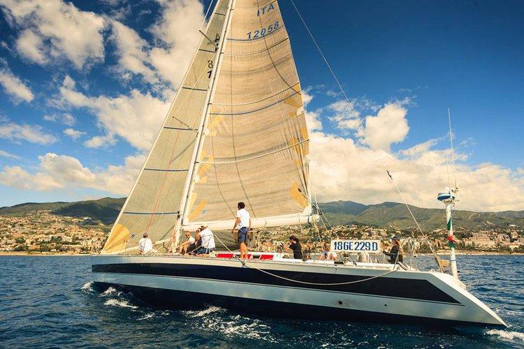 This 65.0' CN YACHTS cand take up to 12 passengers around Monaco