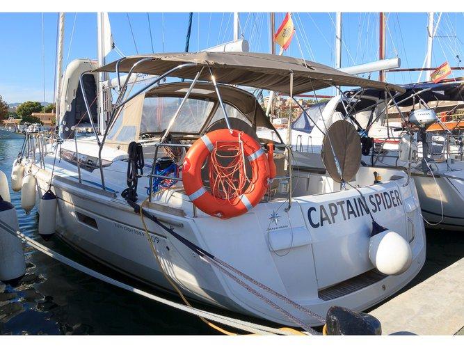 Charter this amazing Jeanneau Sun Odyssey 509 in Palma de Mallorca, ES