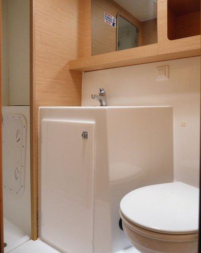 Interior - toilet (photo taken 2019)