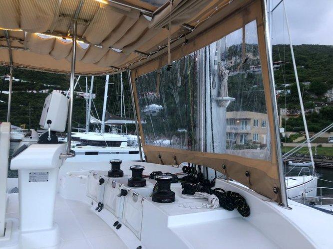 Boat rental in New Providence,