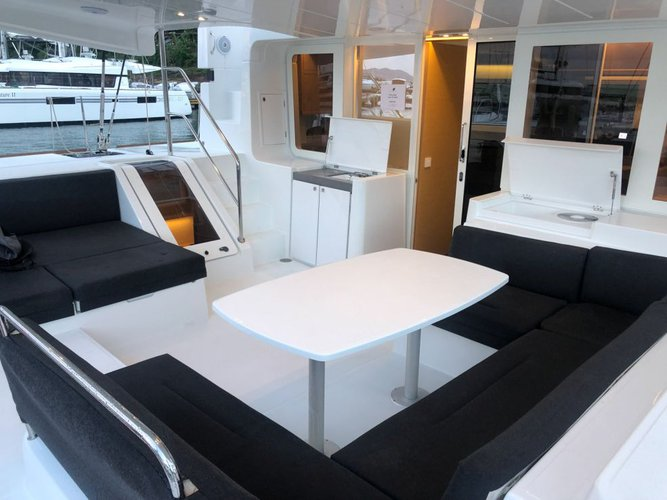 Lagoon boat for rent in New Providence