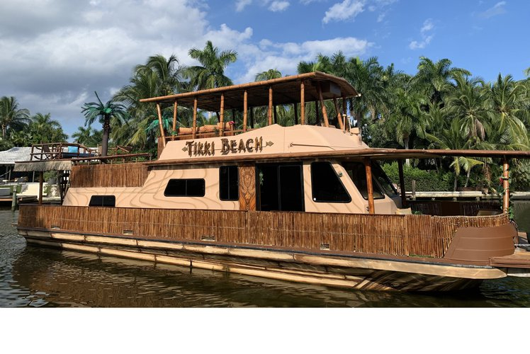 60'  Luxury Tropic Yacht - WOW!   BE aboard the MOST PHOTOGRAPHED yacht on the water
