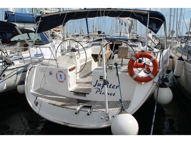 Jump aboard this beautiful Bavaria Yachtbau Bavaria 51