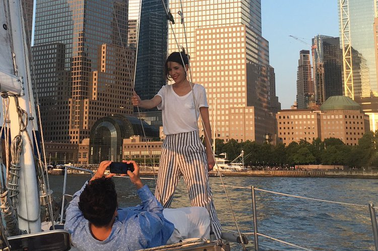 Cruiser boat for rent in Brooklyn
