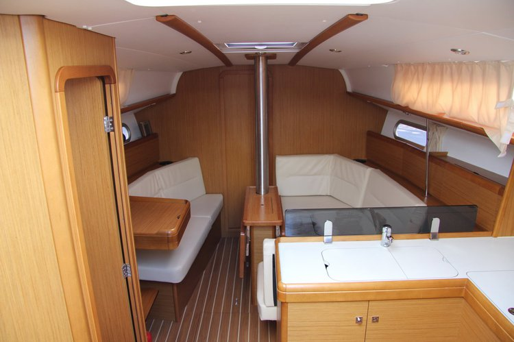 Boat for rent Jeanneau 35.0 feet in Marina Split - ACI , Croatia