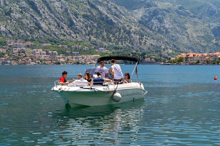 Motor boat boat for rent in kotor