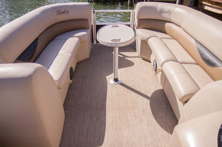 Boat rental in Sunny Isles Beach, FL