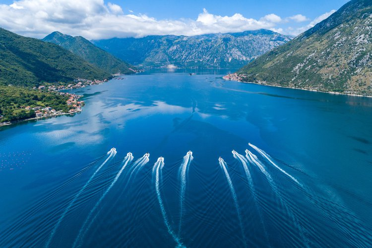 Boating is fun with a Jeanneau in kotor