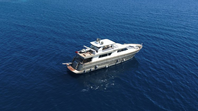 Motor yacht boat for rent in Bodrum